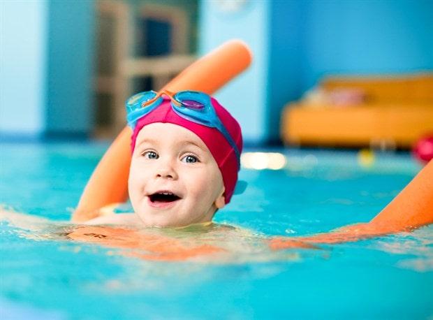 najcesca-pitanja-o-skoli-plivanja-za-decu